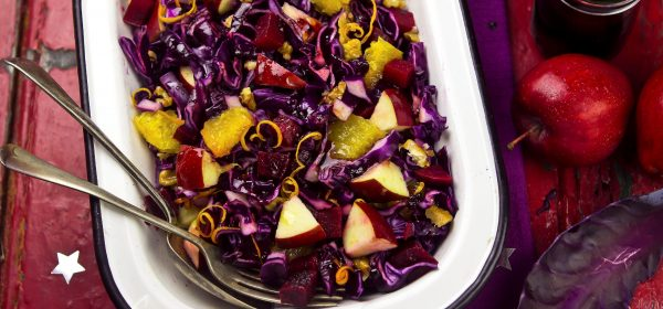 Sváteční svatomartinská příloha: jablečné zelí a petrželové knedlíky