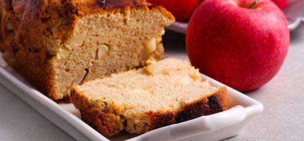 Jablečný chléb s křupavou kůrkou